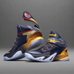 Su15_Nike_FlyEase_Blu_Pair_V1_square_1600