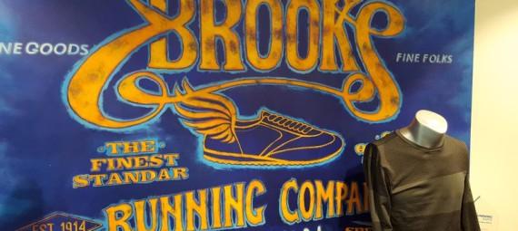 »– I…ronBut Run « I BrooksC'est Chez Happy drCxsthQ